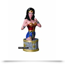 Discount Lynda Carter As Wonder Woman Bust